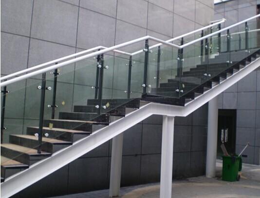 某商务楼新增钢结构楼梯工程
