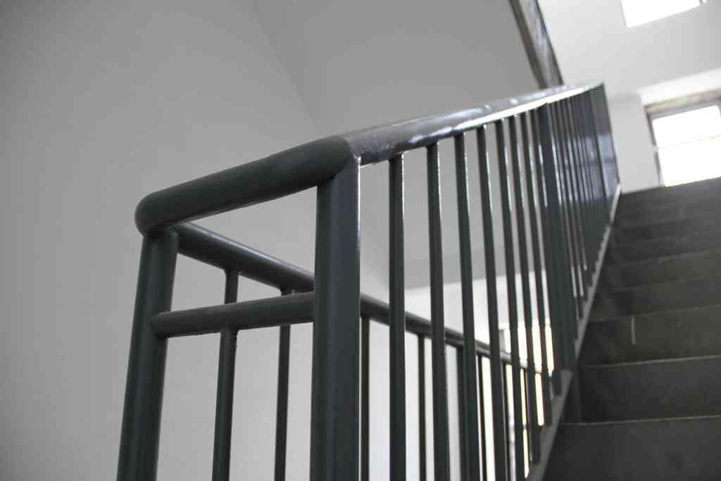 钢结构楼梯栏杆