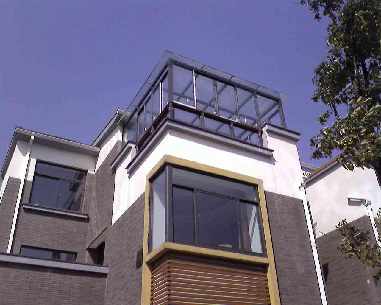 别墅室外钢结构扩建