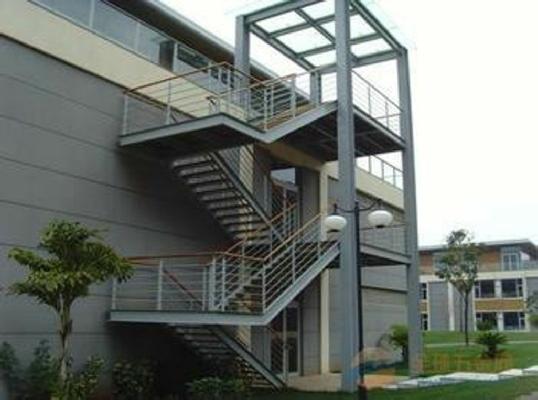 钢结构消防梯、钢结构外挂楼梯(疏散梯、安全梯、逃生梯)
