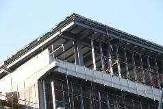 屋顶钢结构夹层方案